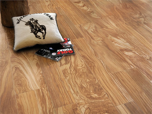 Floor Tiles That Look Like Wood tile that looks like wood vs hardwood flooring Full Body Porcelain Floor Tile Atlas Concorde Etic